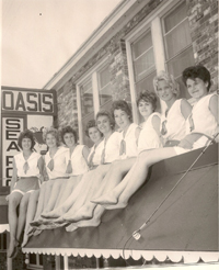 Old image of Oasis Restaurant Waitresses