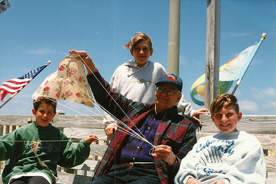 Rogallo and sons with kites