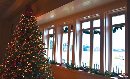 Interior Christmas Decorations at Whalehead