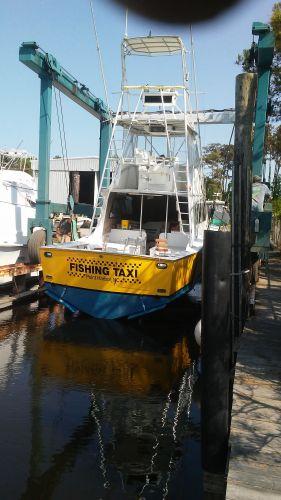 Fishing Taxi Sportfishing, Happy family