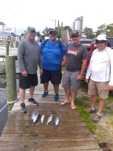 Fishing Taxi Sportfishing, 4 guys and a boat load of laughs