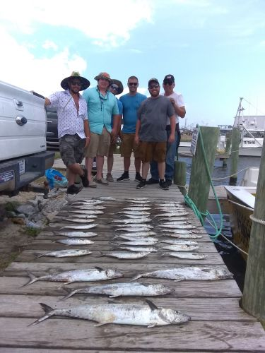 Fishing Taxi Sportfishing, Hanging with the guys
