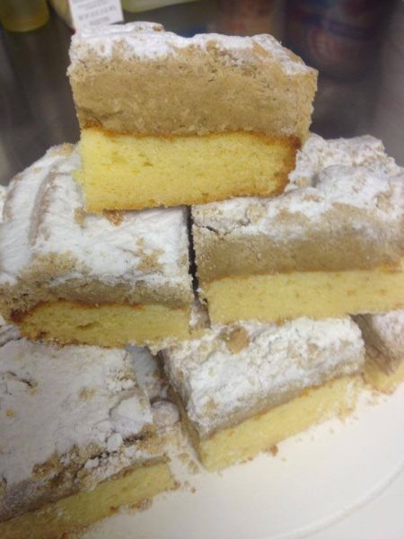 Fig Tree Bakery And Deli And Sweet Tooth, Crumble Coffee Cake