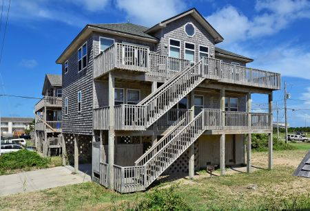 Lighthouse View Oceanfront Lodging, Spacious 4 Bedroom
