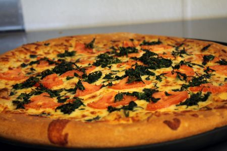 Pizzazz Pizza, California White