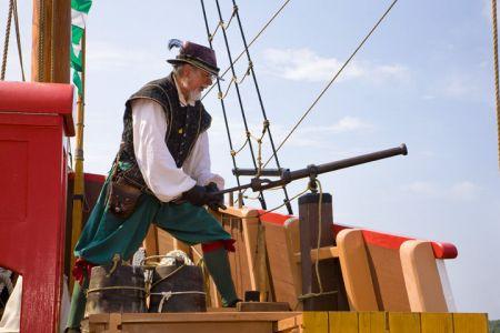 Roanoke Island Festival Park, Elizabeth II Tour
