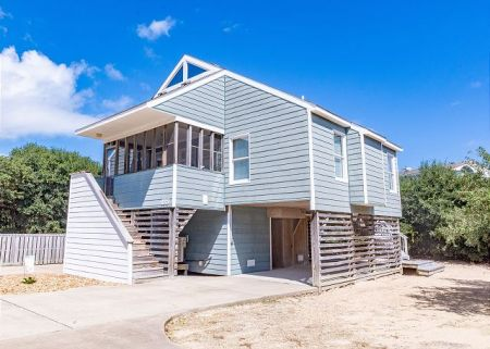 Beach Realty, Bragg