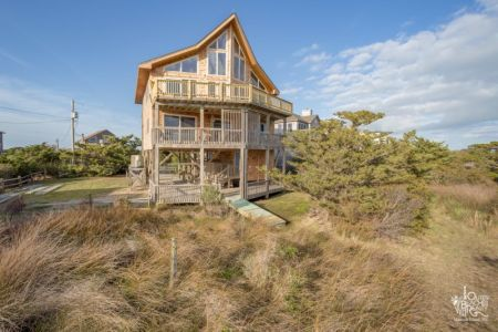 Outer Beaches Realty, Shoot the Breeze