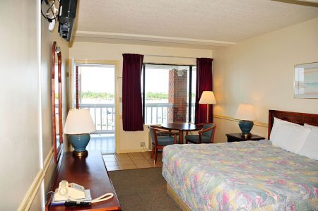 Anchorage Inn, Pet Friendly Rooms