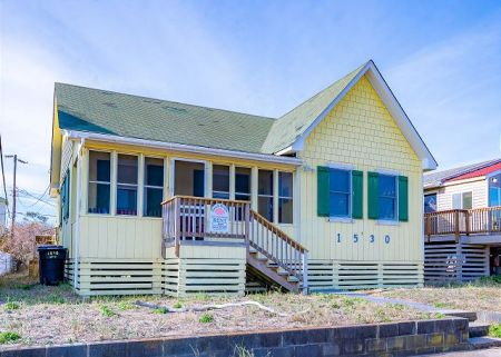 Beach Realty, Beach Road Cottage