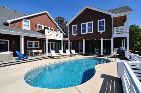 Village Realty, Soundfront Luxury
