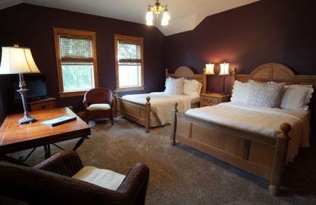 Cameron House Inn, Spacious & Private