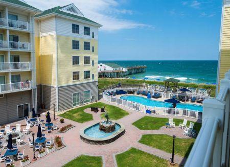 Hilton Garden Inn, Hotel by the Pier