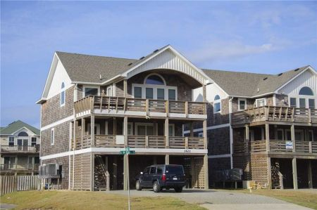 Village Realty, South Fork Farms 6