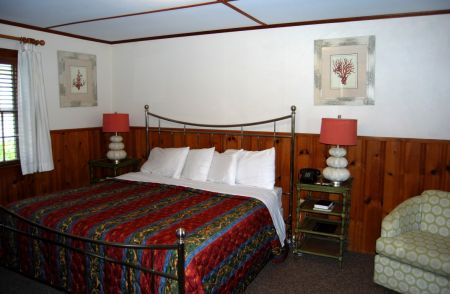 The Dare Haven Motel on the Outer Banks, King Room