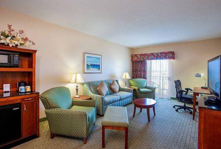 Hilton Garden Inn, King-Sized Suite