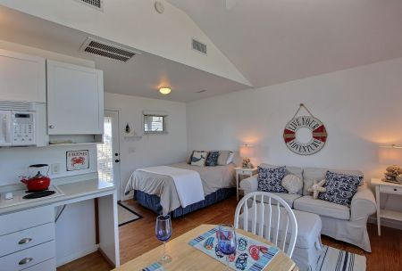 Hatteras Cabanas, One Room Efficiency