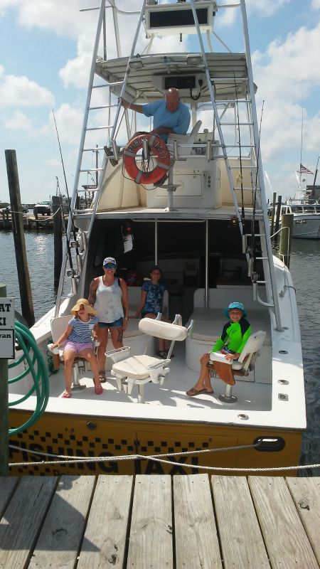 Fishing Taxi Sportfishing, Taking the kids out fishing