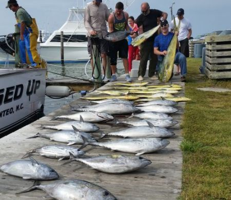 Oregon Inlet Fishing Center, Fishing May 1, 2016