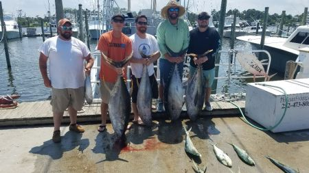 Phideaux Fishing, SHIPYARD CREW