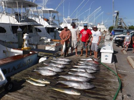 Pirate's Cove Marina, Non-Stop Tunas!
