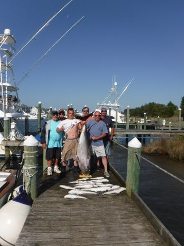Pirate's Cove Marina, The fish are eating well.....and so are our Anglers!