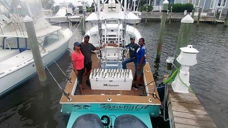 Pirate's Cove Marina, Inshore Fishermen Catching Blues