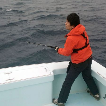Tuna Duck Sportfishing, Jigging For Tuna
