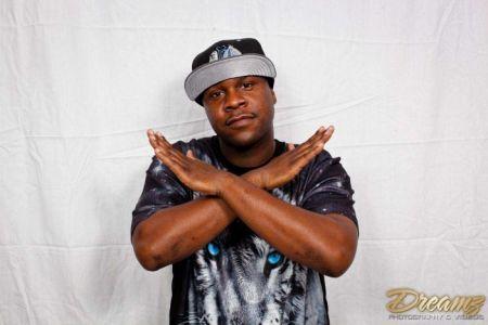 Secret Island Tavern Outer Banks, Fred Presents DJ Cleve