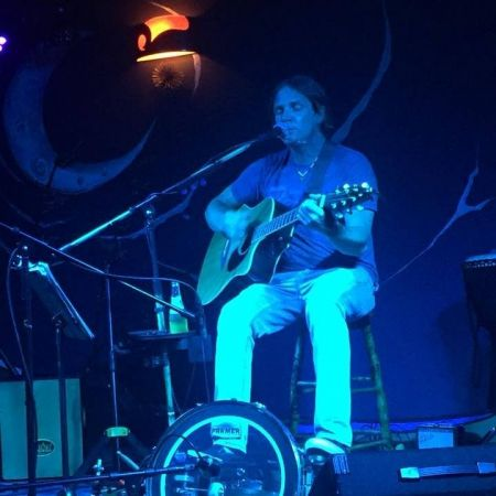 Pamlico Deli, Summer Music Series - Brian Surratt