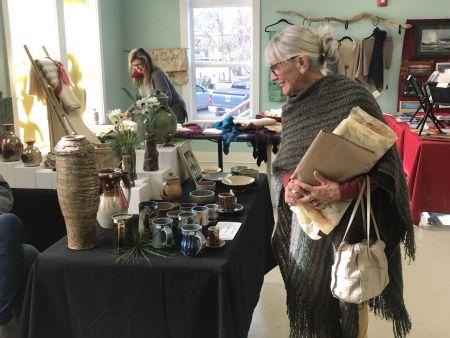 Pocosin Arts School of Fine Craft, Pocosin Arts Holiday Artists' Market
