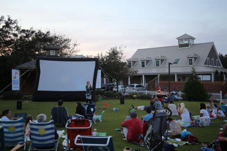 Duck Town Park, Movies on the Green