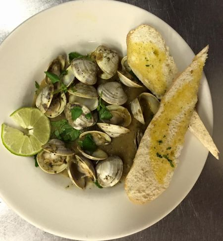 Ocracoke Oyster Company, Fresh Catch Specials