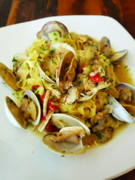 The Village Table & Tavern, Linguine & Clams