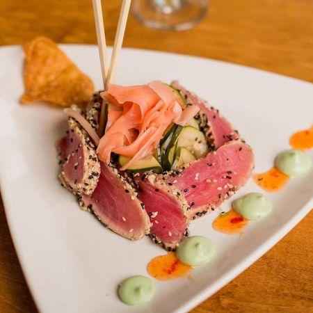 Mulligan's Grille, Sesame & Pepper Seared Tuna