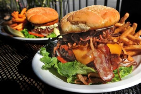 Chilli Peppers Coastal Grill & Bar, Bacon Beef Burger