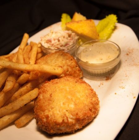 Beachside Bistro, Twin Crab Cakes