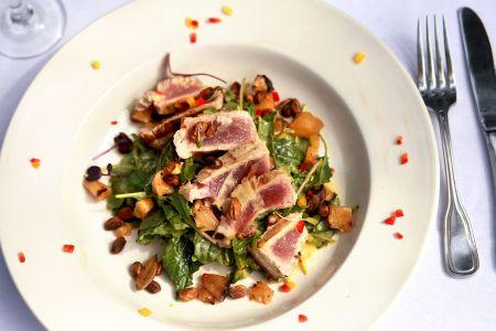Dajio Restaurant, Yellowfin Tuna or Beef Tenderloin Salad