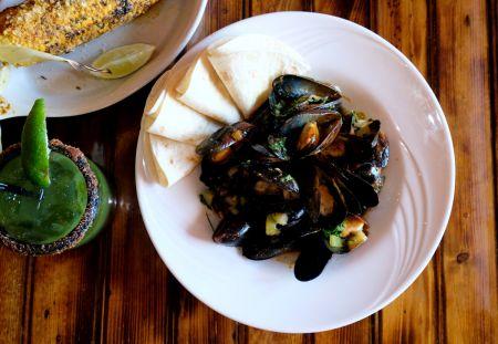 Agave Roja Mexican Restaurant Corolla NC, Mejillones al Mojo de Ajo