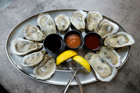 North Banks Restaurant & Lounge, Hand Shucked Regional Oysters