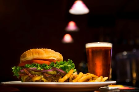 Sandbars Raw Bar & Grill Outer Banks, Burger & Brew Special