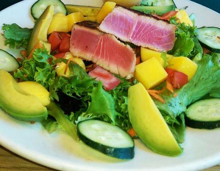 Gaffer's Sports Pub and Restaurant on Ocracoke Island, Citrus Tuna Salad