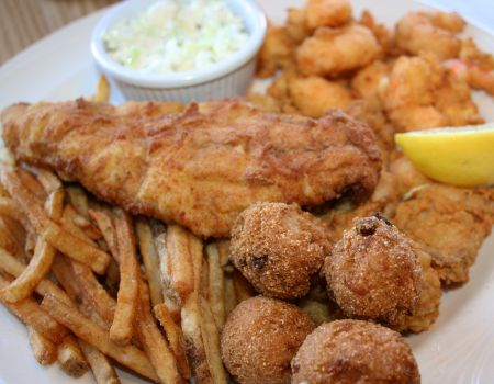 Gaffer's Sports Pub and Restaurant on Ocracoke Island, Pamlico Platter