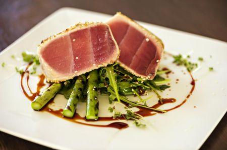 Lifesaving Station Restaurant, Grilled Local Tuna