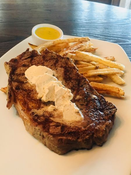 The Village Table & Tavern, Steak Frites