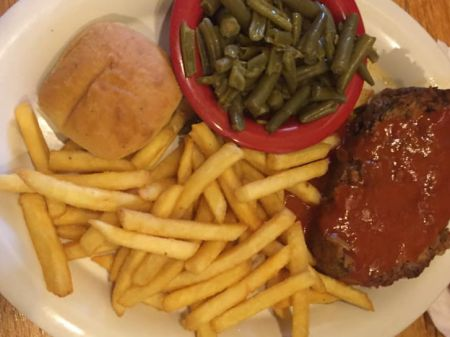 Darrell's Seafood Restaurant Manteo, Meatloaf