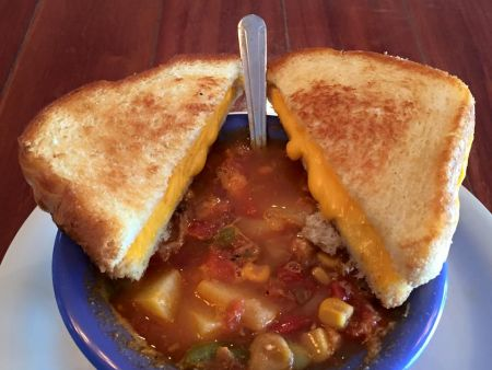 Darrell's Seafood Restaurant Manteo, Soup and Grilled Cheese