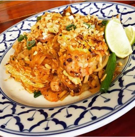 Thai Room Restaurant Kill Devil Hills Outer Banks, *SPICY THAI NOODLES (PAD THAI)