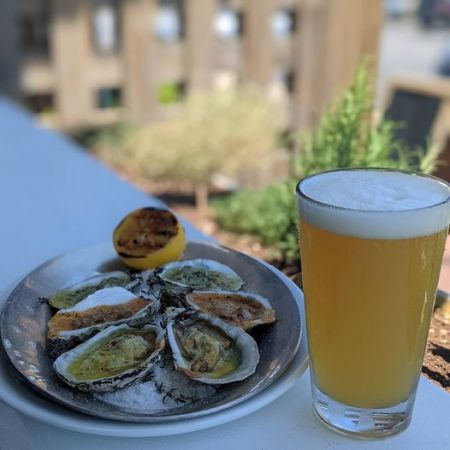 The Pony and the Boat Comfort Kitchen, Drafts & Oyster Wednesday
