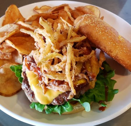 Sandbars Raw Bar & Grill Outer Banks, Wednesdays: Build Your Own Burger